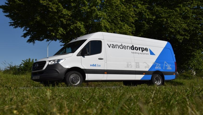 Waarom heftruck kopen of huren TCM Van den Dorpe 22